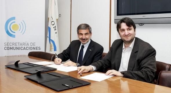 Secom y CNC firmaron convenio de cooperación con el Conicet