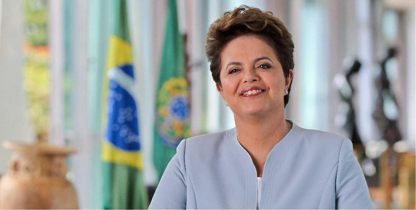 Brasil: Dilma prevé conectar el 90 por ciento de los hogares con fibra óptica