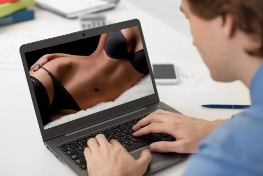 India: el Gobierno no prohibirá el acceso a páginas pornográficas