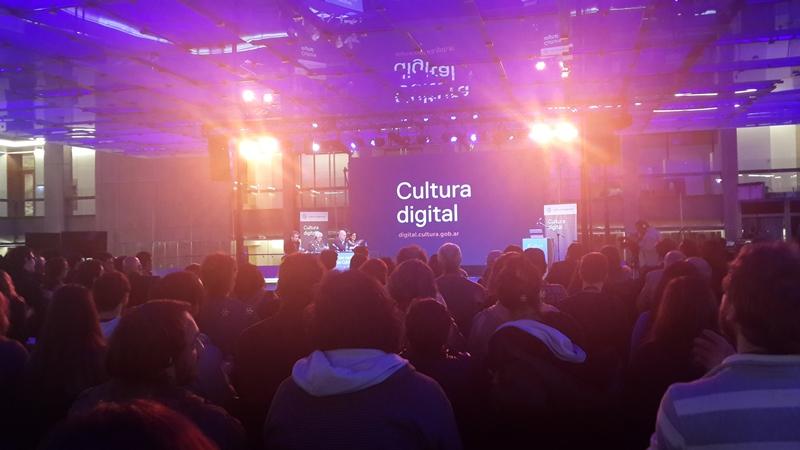 Se debatió en Buenos Aires sobre los desafíos de la cultura digital