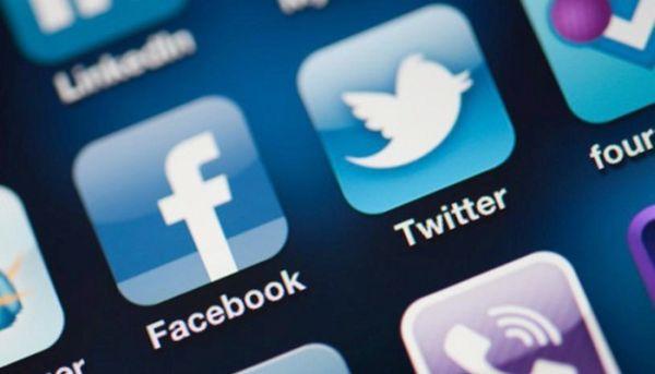 """Facebook lanzará """"Notify"""", una aplicación para competir con Twitter"""