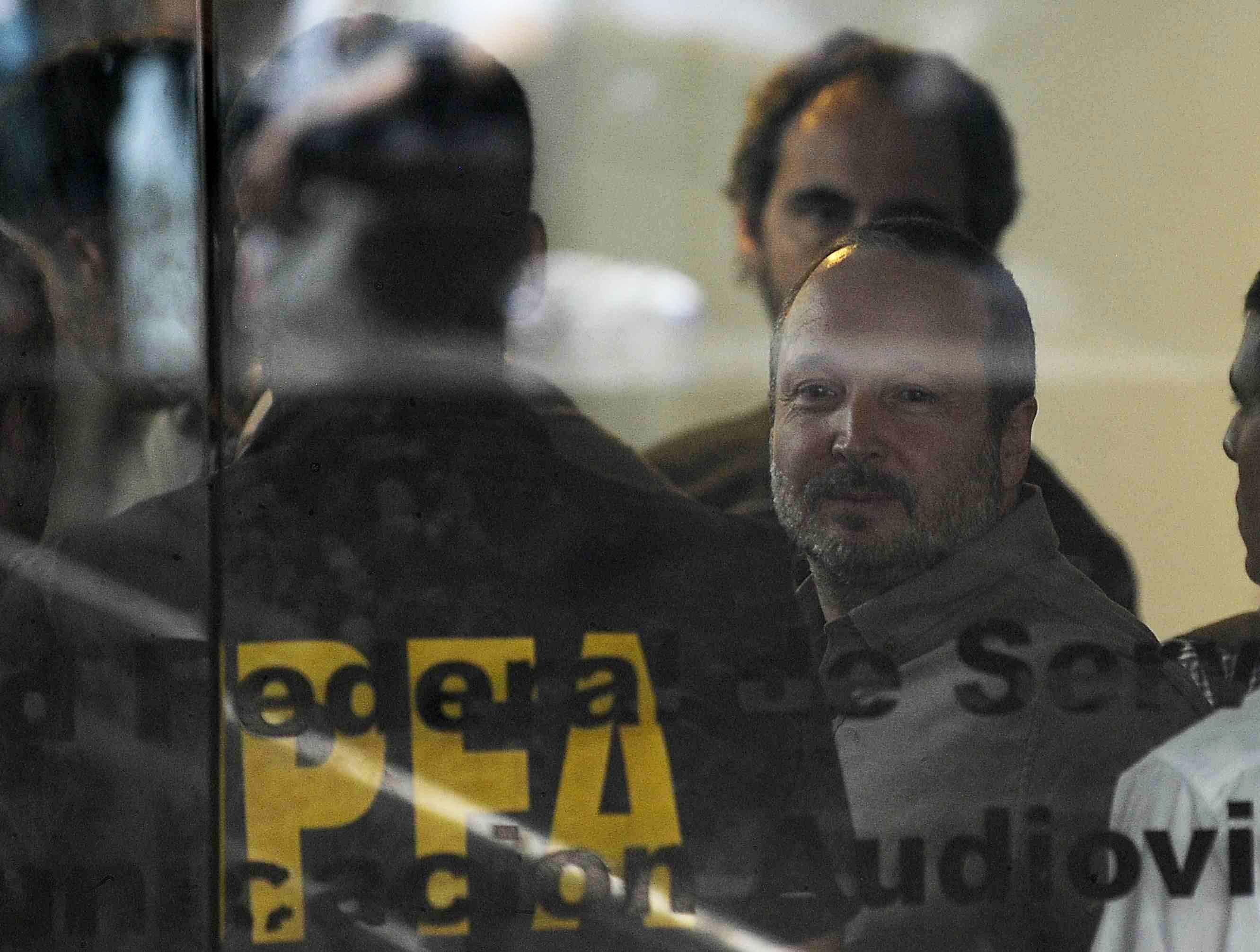 Con fuertes críticas al juez Ercolini, Martín Sabbatella se retiró del edificio de AFSCA