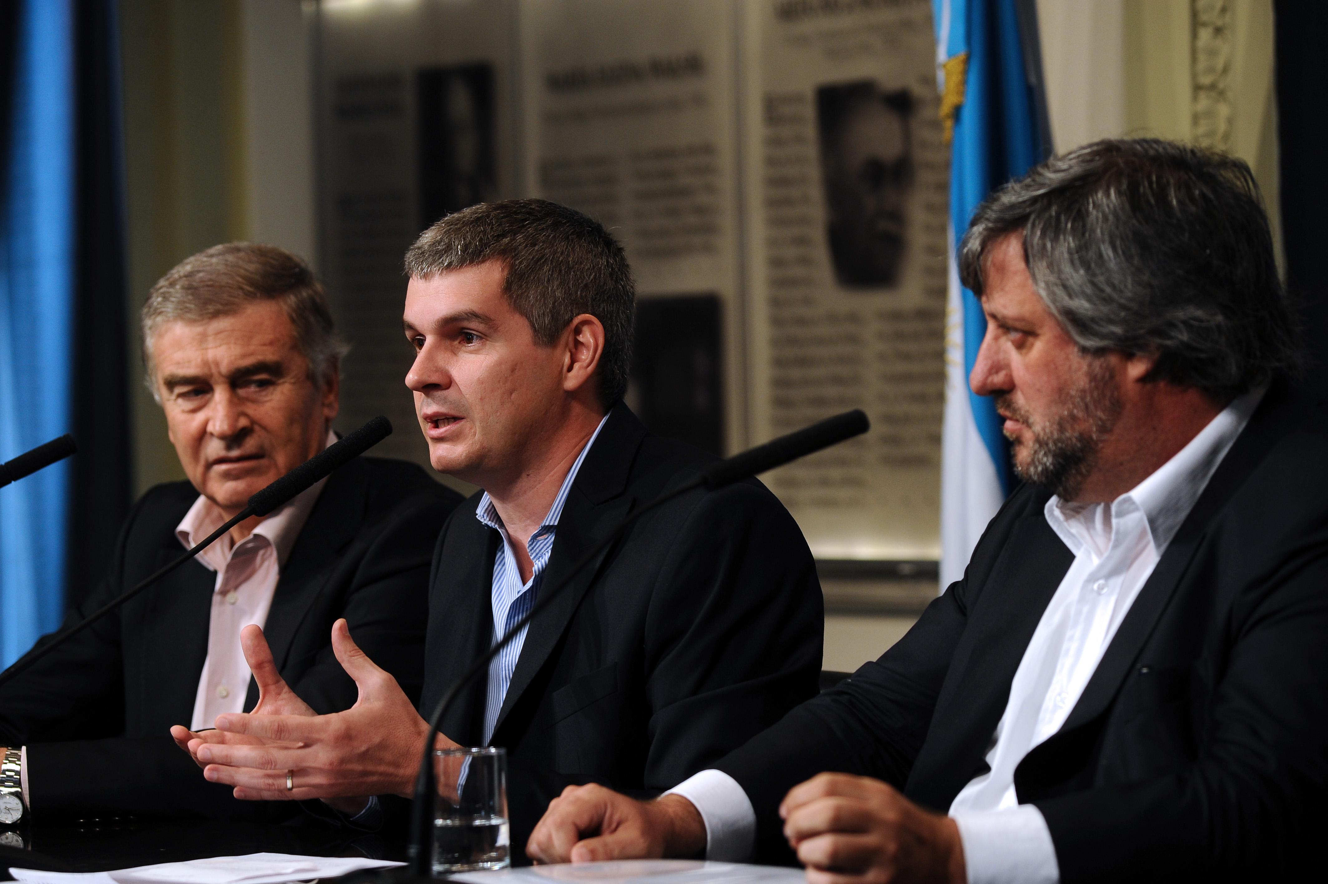"""El gobierno nacional modificó la """"ley de Medios"""" con un DNU"""