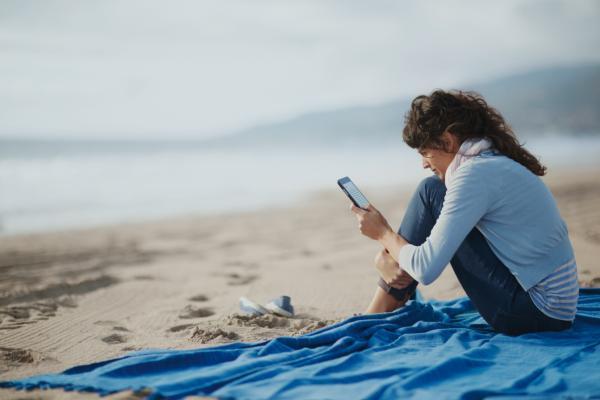 El celular no descansa en vacaciones