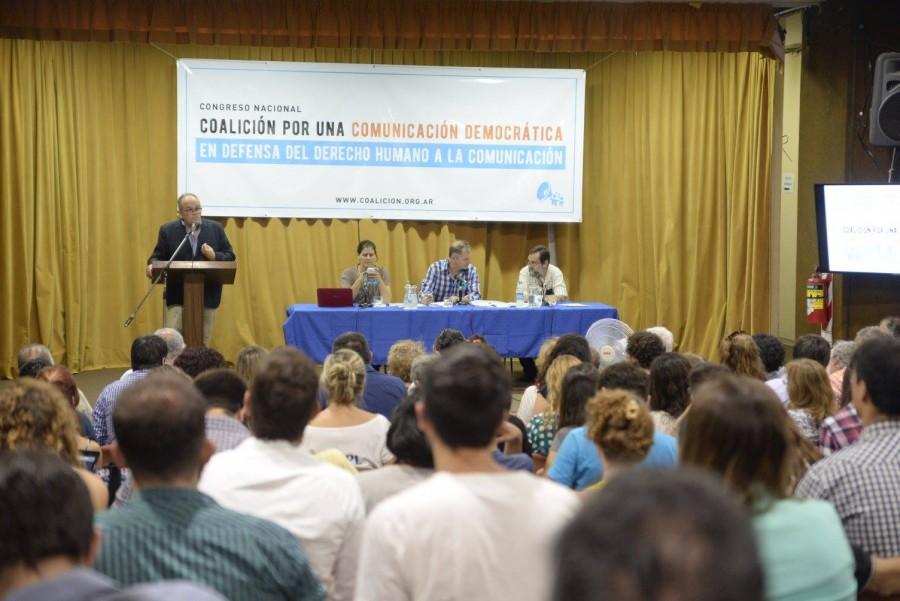 Coalición con debate ampliado, participativo y federal