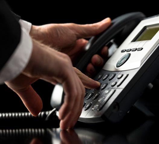 La telefónicas podrían subir las tarifas del servicio fijo