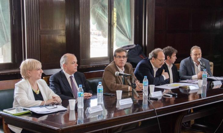 Se realizó debate académico sobre el proyecto de ley de comunicaciones