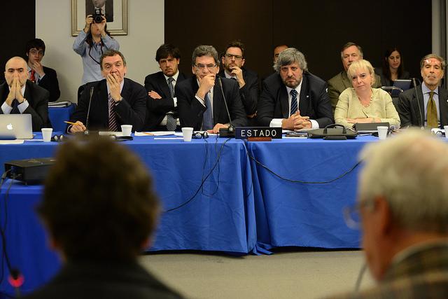 El gobierno respondió preguntas de la Comisión de Libertad de Expresión