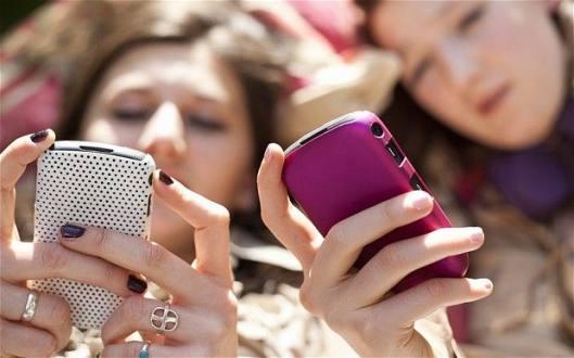 Investigación de Unicef refleja cómo usan los chicos internet y las redes sociales