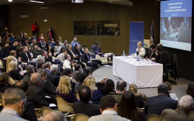 Se realizó el primer Seminario Internacional sobre la nueva Ley de Comunicaciones