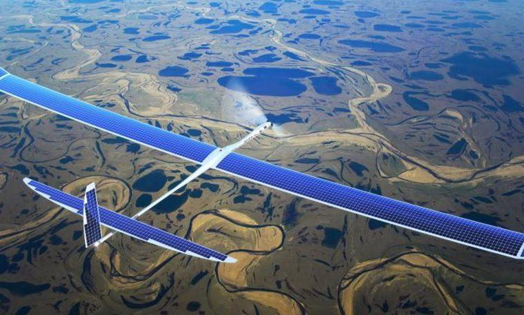 Realizó su primer vuelo el dron de Facebook que llevará Internet a regiones remotas