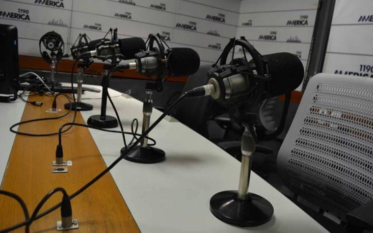 Enacom llamará a concurso por la frecuencia de Radio América