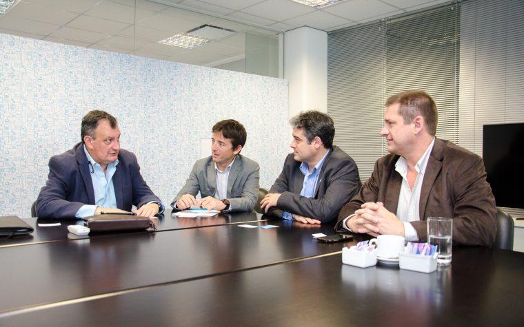 Municipio de Bariloche firma convenio con Enacom por infraestructura de comunicaciones