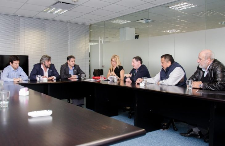 El ENACOM brindará asesoramiento jurídico y técnico sobre el funcionamiento de UBER