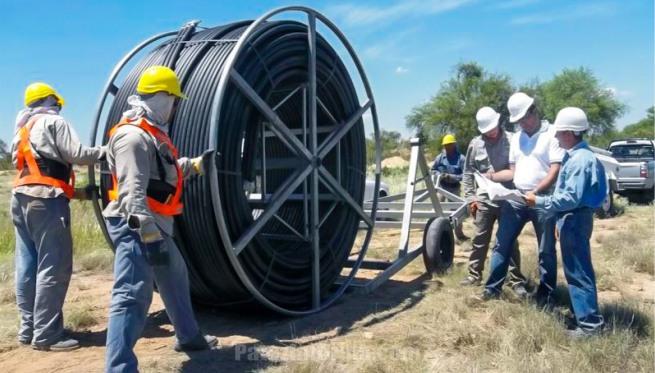 """El ENACOM firma convenio con ARSAT para """"llevar banda ancha a todo el país"""""""