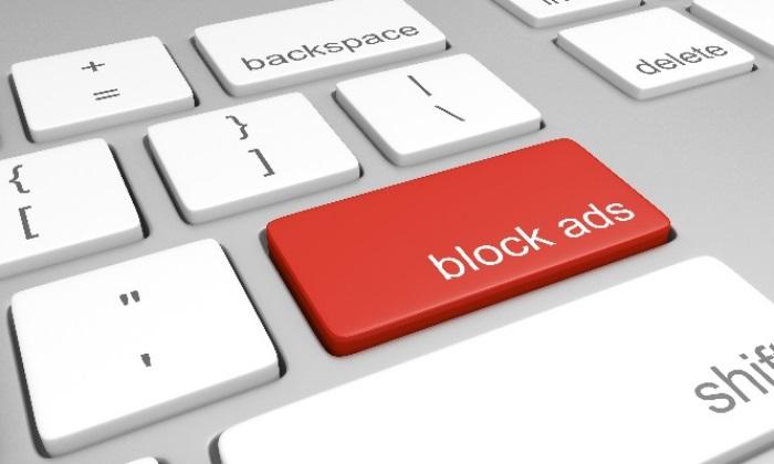 La Unión Europea prohíbe a los operadores implementar bloqueadores de anuncios