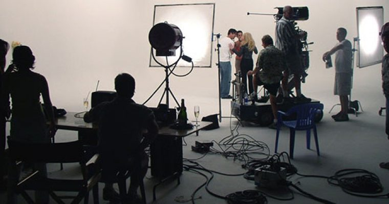 Advierten sobre la crisis de la industria audiovisual