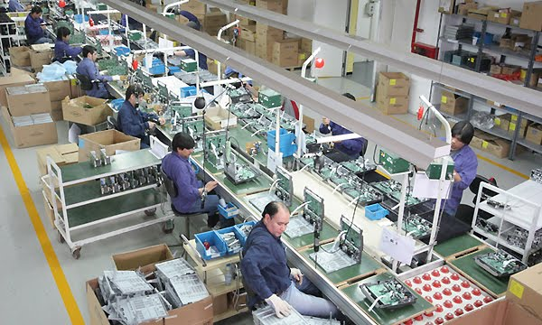 Quejas de fabricantes de computadoras por eliminación de aranceles de importación