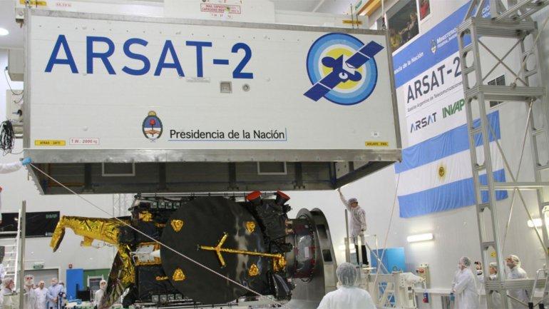 Más satélites extranjeros compiten con Arsat
