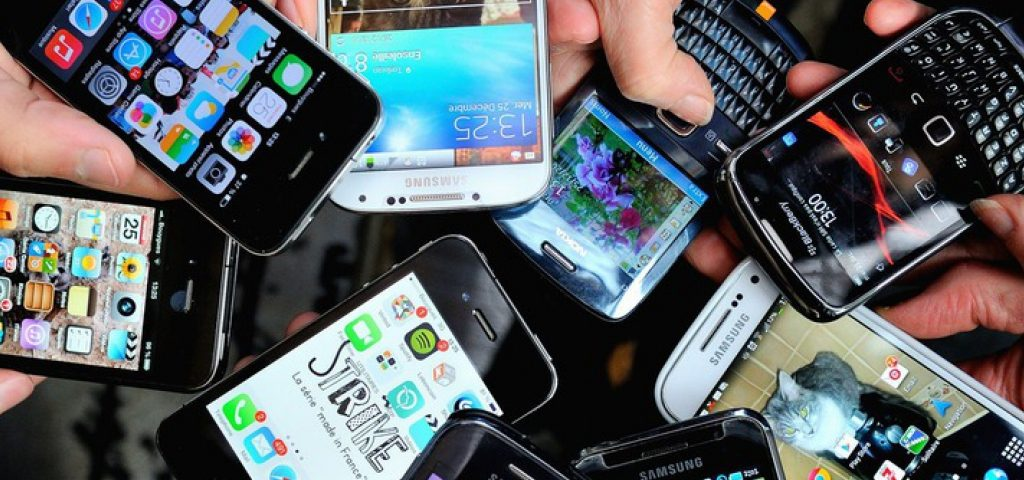 Prorrogan hasta febrero la venta de smartphones 4G a 2200 pesos
