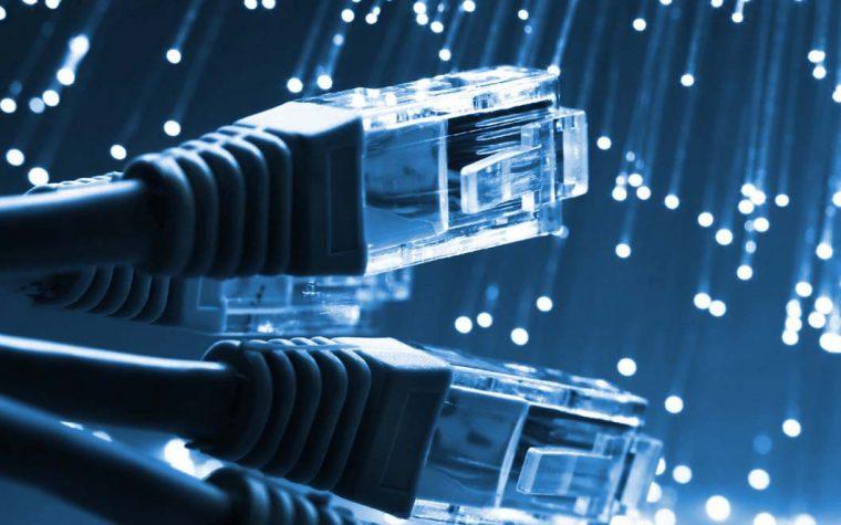 Avanza el acuerdo entre Argentina y EEUU para ampliar el acceso a Internet