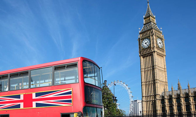 Reino Unido: aprueban ley que permite espiar y hackear a los ciudadanos