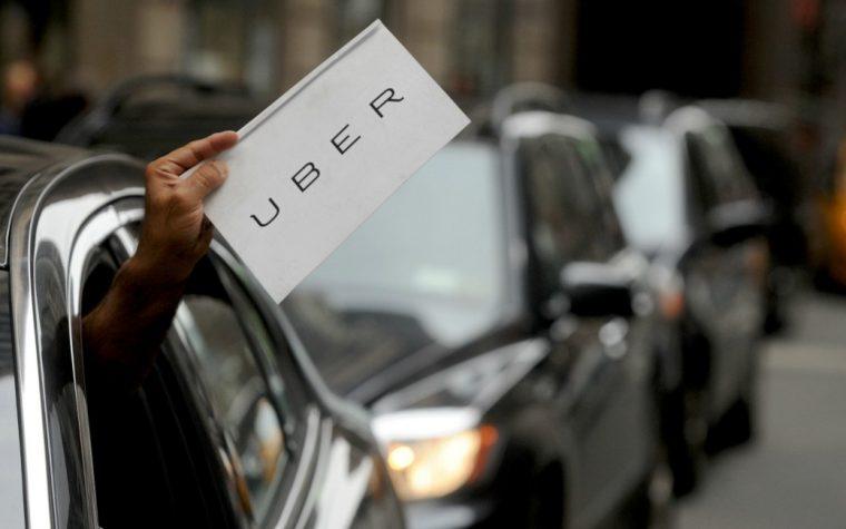 California suspendió las pruebas del servicio de autos sin conductor de Uber