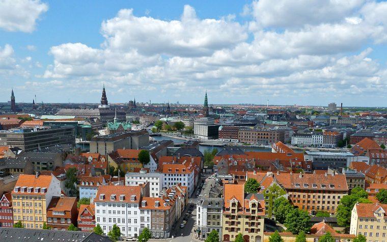 """Dinamarca: el gobierno nombrará """"embajador digital"""" para tratar con las empresas tecnológicas"""