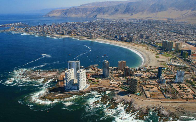 Chile expandirá su red de fibra hasta China
