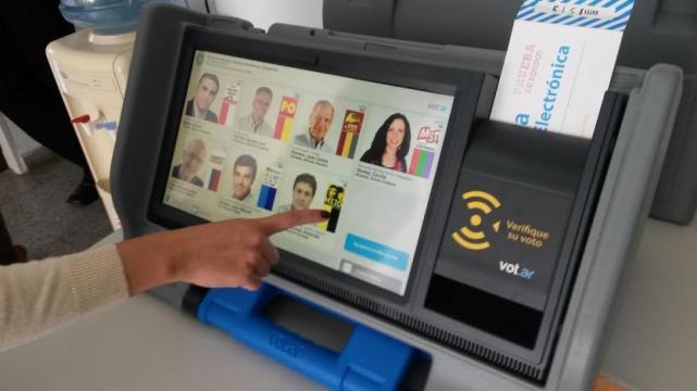 Filtran código de una máquina de voto electrónico de Salta