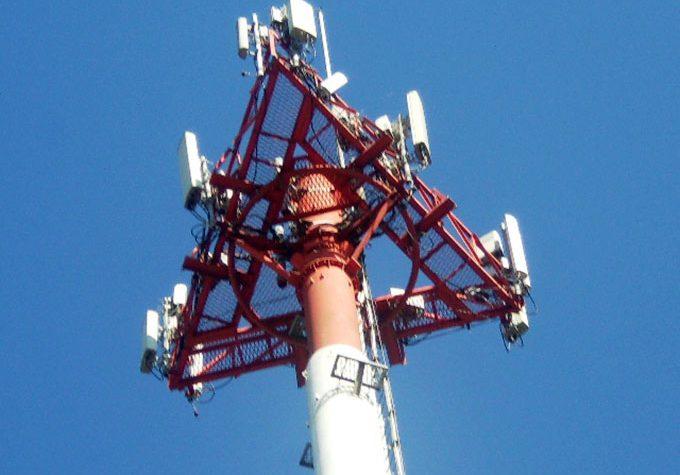Telefónica compra 304 torres en Buenos Aires