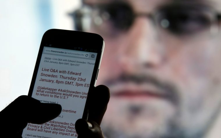 Snowden lanza una aplicación que convierte el teléfono en una cámara remota de seguridad